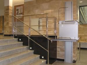 Plataforma elevadora vertical sin cabina